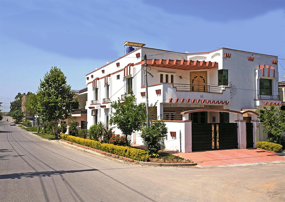 Yash Plaza